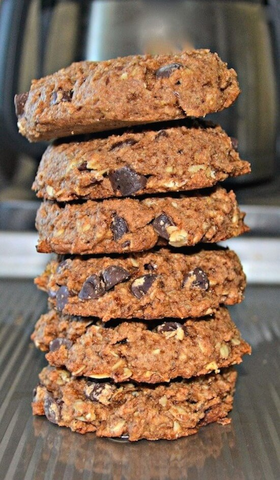 Use your leftover oat milk pulp to make these healthier, delicious, soft & chewy Chocolate Chip Oatmeal Cookies