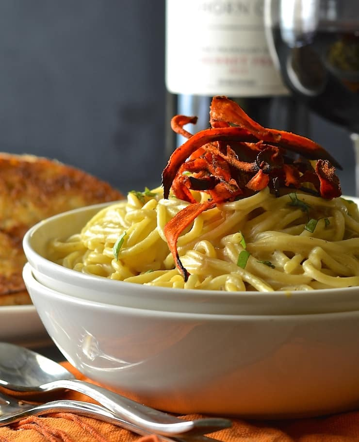 A classic Italian dish made vegan! This vegan carbonara is so simple & yet so decadent it's magic. Add a scattering of smoky carrot rashers & you get a fantastic pop of colour, taste & texture too!