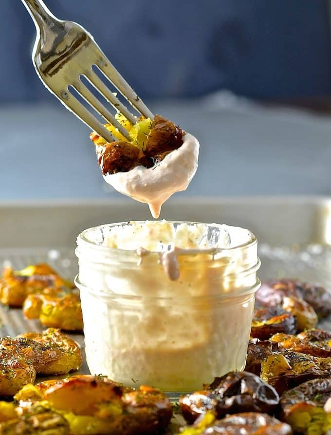 Dilly Smashed Baby Potatoes With Creamy Horseradish Dipping Sauce