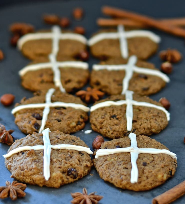 These soft, chewy, spicy, fruit & nut studded Hot Cross Cookies have all the flavours of a hot cross bun in cookie form. They are perfect for gifting or making with children this Easter!