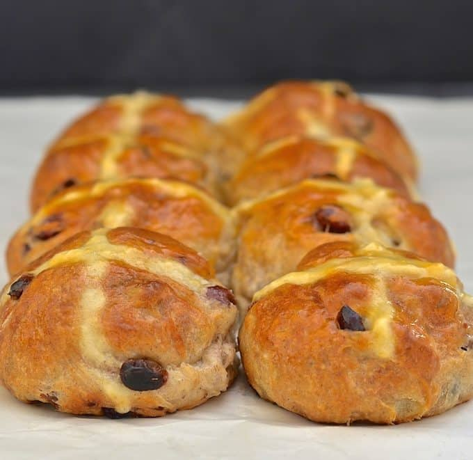 Easy No Knead Hot Cross Buns