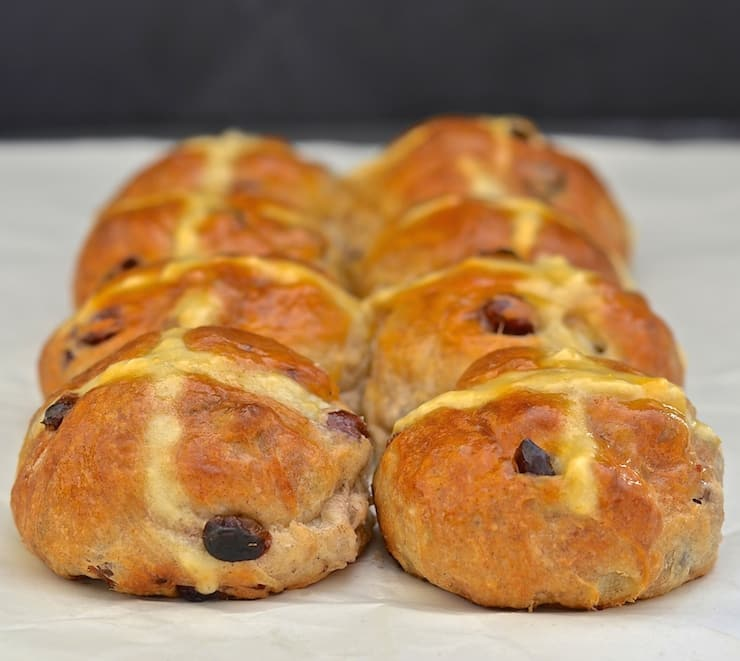 Glazed No Knead Hot Cross Buns