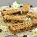 Plump, chewy dried cherries, crunchy almonds & wholesome oats & seeds make these Cherry Almond Granola Bars the perfect healthy snack or on the go breakfast. They are completely oil free, very lightly sweetened & come with bake or no bake options!