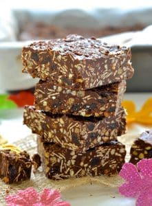 Chocolate + Tahini = complete & utter deliciousness. Honestly....Don't take my word for it..Make a batch of these Chocolate Tahini Crunch Bars & find out for yourself!