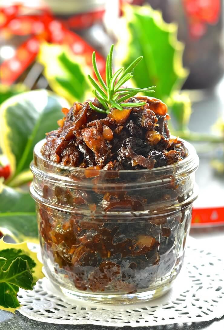 Vegan Christmas Mincemeat in a jar