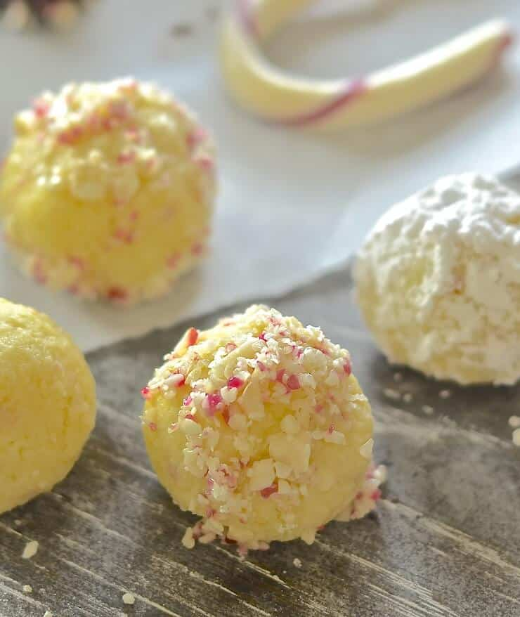 These festive Vegan White Chocolate Candy Cane Truffles are meltingly rich, sweet, creamy & indulgent. Total and utter decadence with minimal effort. A chocoholics dream!
