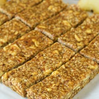 No-Bake Cinnamon Apple Energy Bars