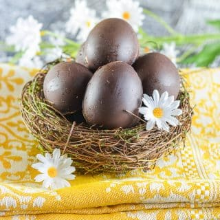 Vegan Creme Eggs