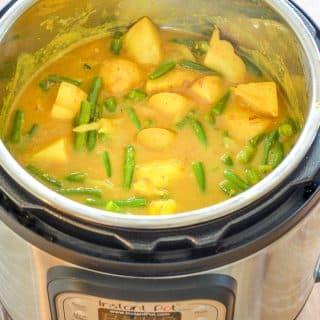Vegan Instant Pot Potato Curry in the Instant Pot