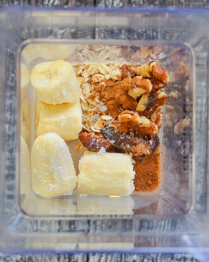 Creamy Banana Smoothie ingredients in a blender