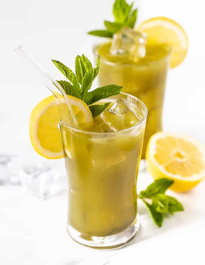 2 glasses of matcha lemonade