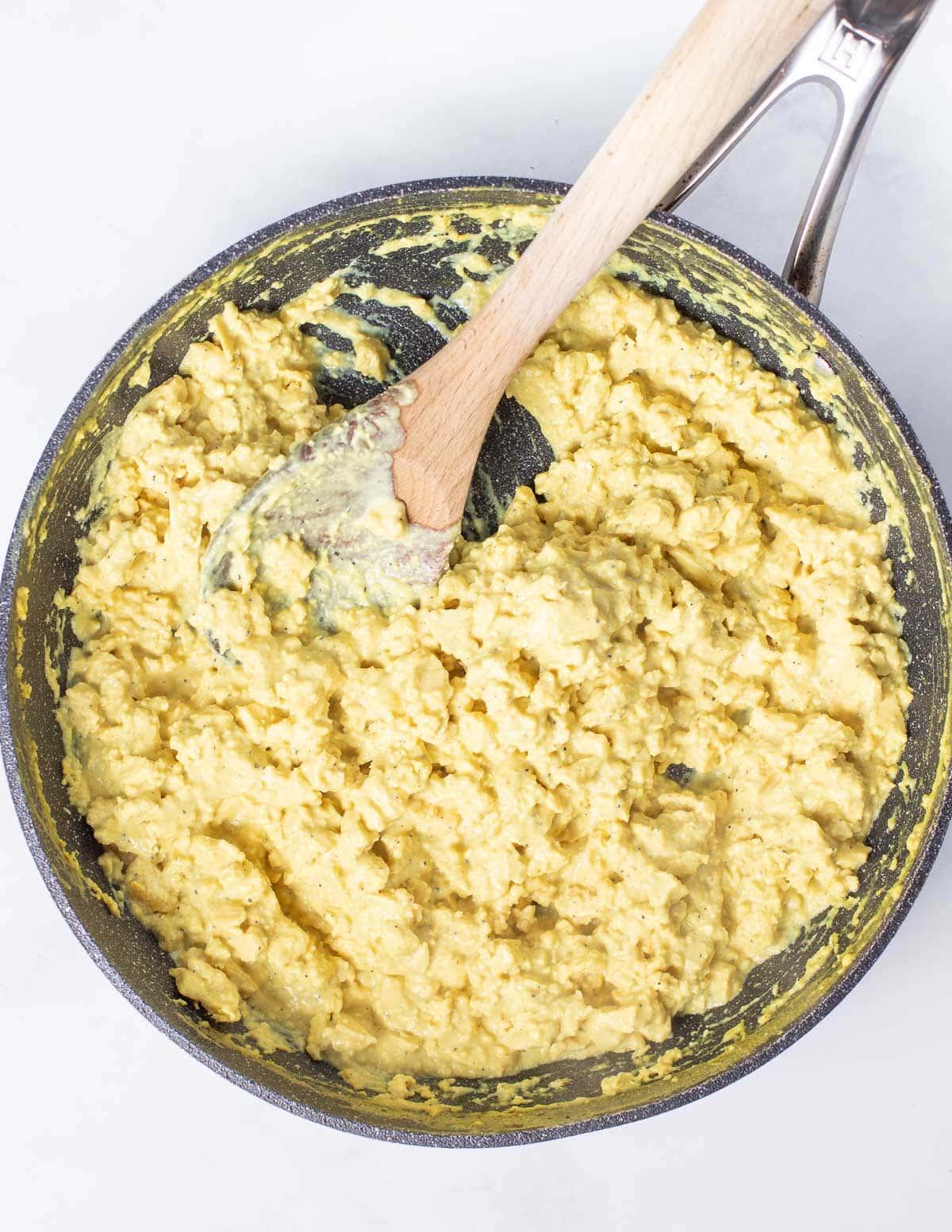 vegan scrambled eggs in a pan