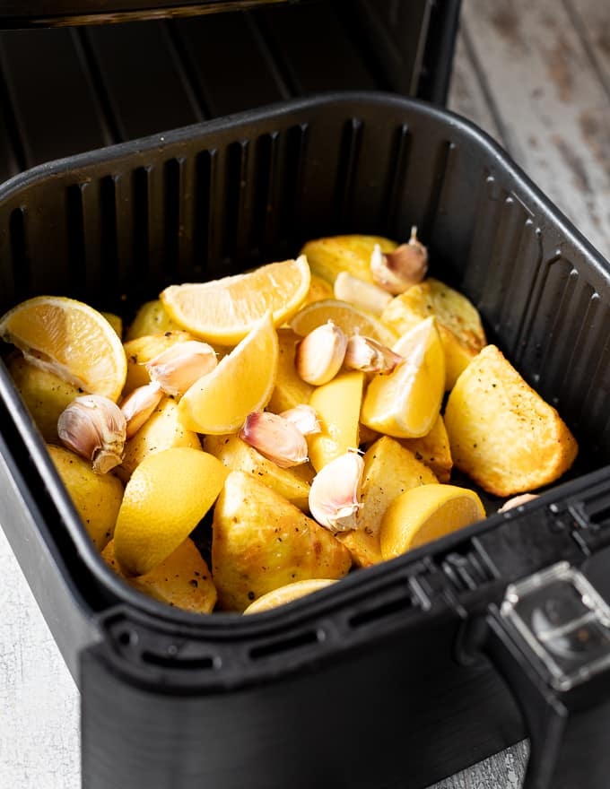 potatoes in an air fryer with lemon and garlic