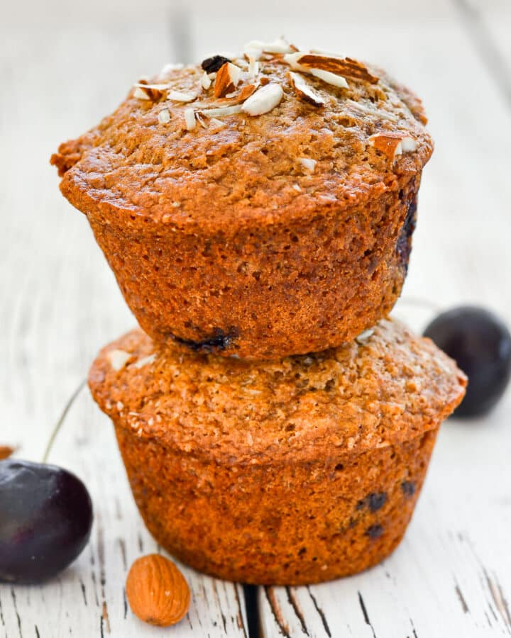 2 vegan cherry muffins