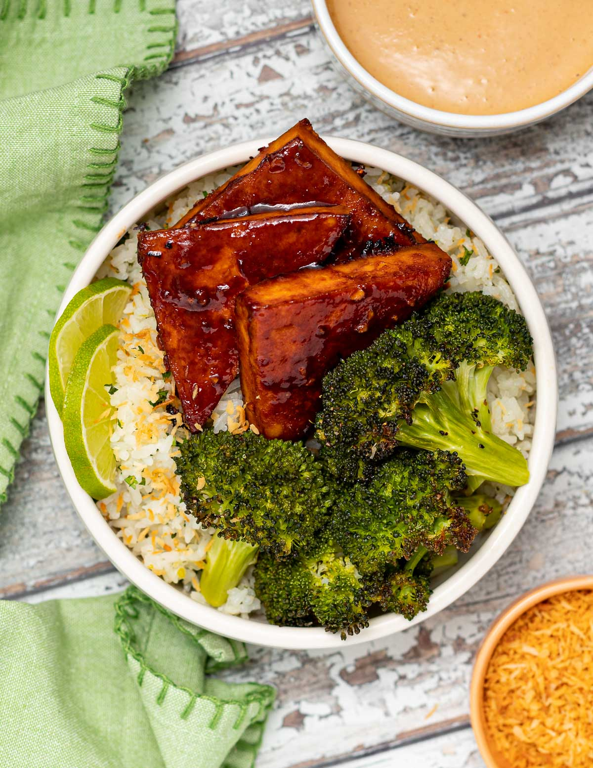 tofu. rice and broccoli