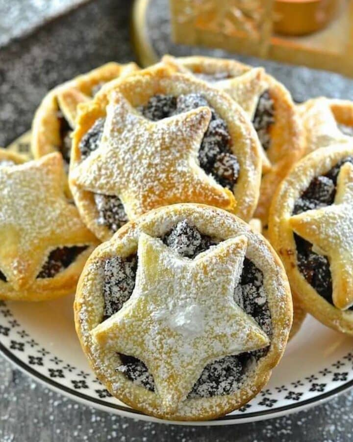 vegan mince pies piled on a plate